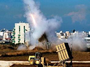 以色列发射铁穹导弹,拦截从加沙地带发射的火箭弹