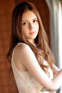 组图 日本混血国宝泷泽萝拉靓丽写真
