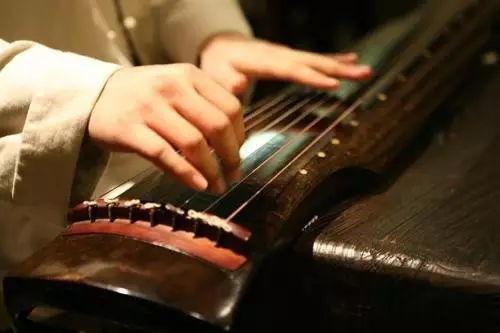 简单音色的古琴曲