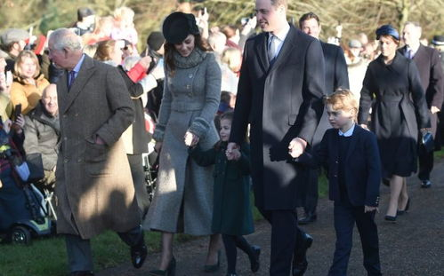 去年,夏洛特公主在这一天的出色表现让很多王室粉赞口不绝。