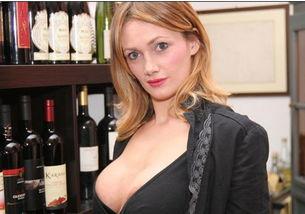 AV女星惊爆意招妓门 维耶里 因扎吉 安布 图