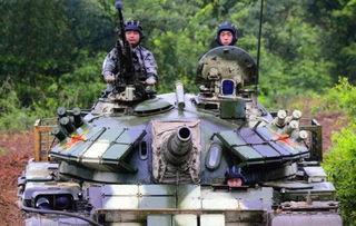 解放军59d改坦克新图亮相.