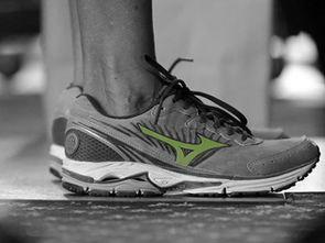 最舒服的跑步鞋排名(亚瑟士五双顶级跑鞋哪)