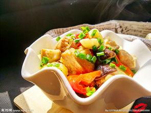 土豆炖鸡块图片
