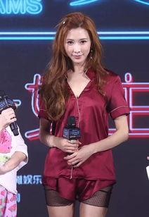 最新韩式齐刘海短发发型