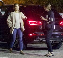 有图有证据 美队埃文斯约会白雪公主莉莉被拍