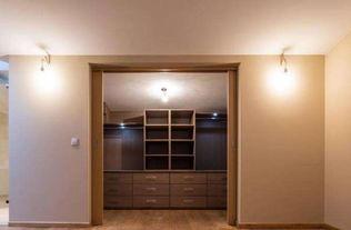 房间衣柜宽度厚度