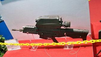 朝鲜阅兵 步兵方阵现韩国OCIW武器系统