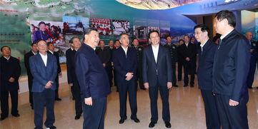 习近平坚定跟党走中国特色社会主义道路改革开放道路的信心决心