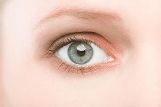 麻痹性斜视的治疗方法