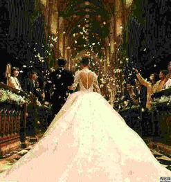 怎样挑选拖尾婚纱?
