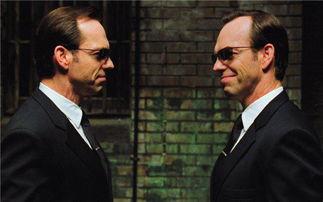 雨果·维文在《黑客帝国》系列中出演史密斯特工