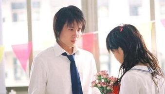 炎亚纶曲鑫李智楠他曾是《十八岁的天空》中潇洒又正义的石延枫,与蓝菲琳青涩的