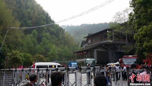 井冈山索道发生轿箱坠落1人被甩出箱外遇难