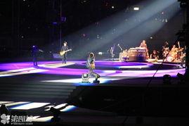 成都滚石30演唱会 今夜成都无眠 歌声响彻天际,整场5个小时嗨到底 页 1 影音娱乐
