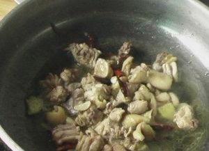 芹菜焖鸡的做法大全家常做法