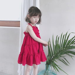 宝宝打底吊带裙