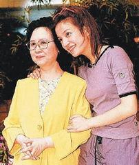揭赵薇与湖南台决裂16年内幕 曾遭泼粪