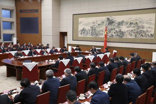 李克强在经济发展和民生改善座谈会上强调牢把发展第一要务更好保障基本民生以改革开放创新推动中国经济持续向好