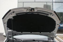 2012款高尔夫1.4T自动豪华型 反射银
