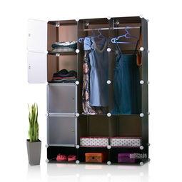 用木棒自制简易衣柜