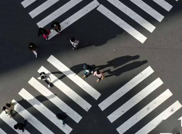 3日晚,东京奥运会五方会议在线举行,桥本圣子、东京都知事小池百合子、
