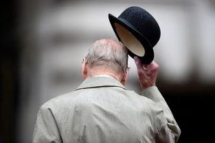 整理包最幽默亲王退休96岁坚贞情定英女王70载世界万象全球联合
