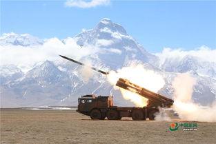 炮兵跨海拔机动雪山脚下实弹射击